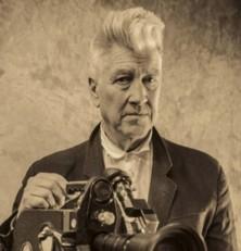 La editorial Dolmen cruza la cortina roja con David Lynch