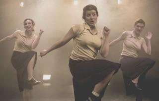 La sección, teatre de dones, escrit, dirigit i interpretat per dones, al Teatre del Mar